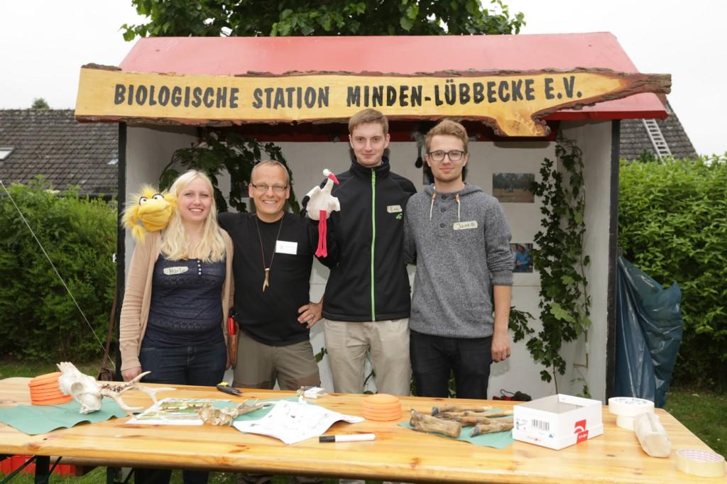 """... Biologischen Station Minden-Lübbecke E.V. Mit """"Holla der Waldfee"""", Marie van der Waar, dem Waldpädagogen Sascha Traue, """"Storchi"""", Eric Mentzschel und Jannik Prinz, konnten die Kinder..."""