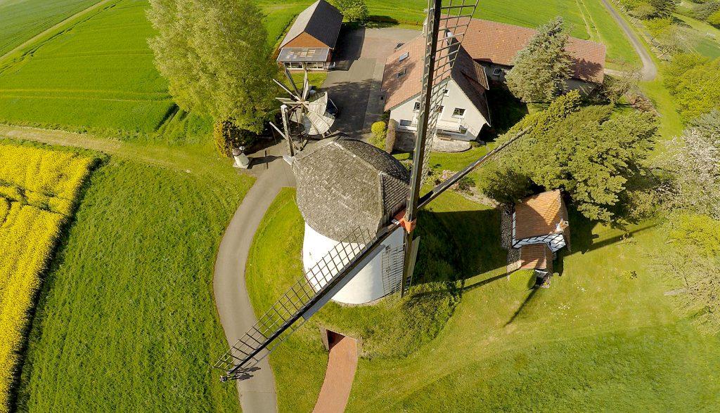 Blick von oben: Die Wegholmer Mühle
